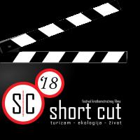 Short cut klapa manja